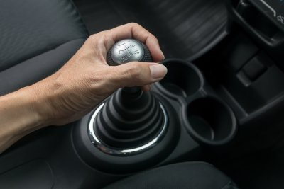 Manual transmission replacement service in Silver Spring, MD